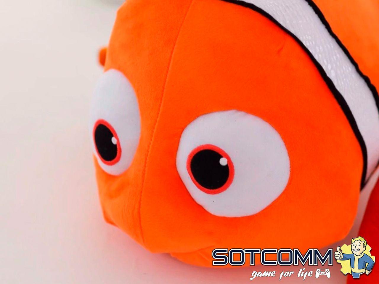 Плюшевая рыба Немо