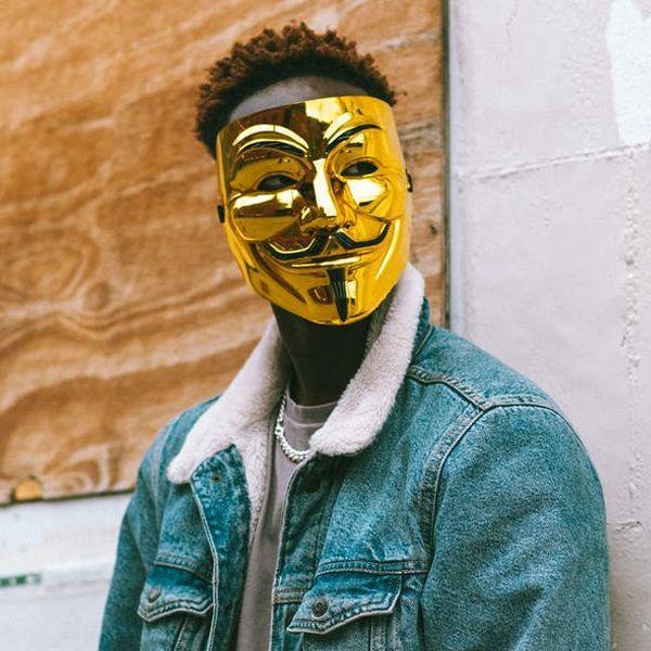 Маска Анонимуса Золотая